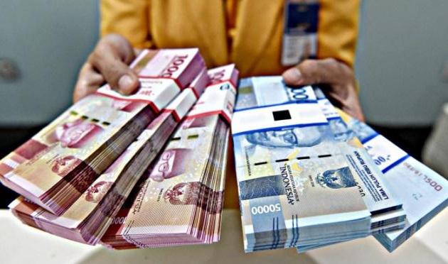 Pinjam Uang Adira